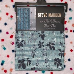 💙Steve Madden Textured Shower Curtain💙
